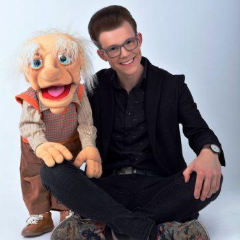 Junger Bauchredner aus Leipzig bei der Künstleragentur & Künstlervermittlung Leipzig buchen